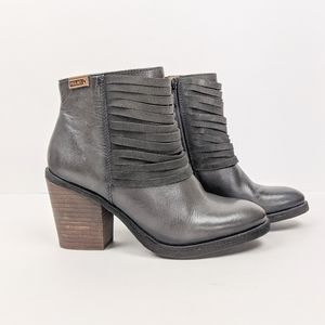 Pikolinos Alicante Gray Leather Ankle Boots